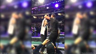Bruce Springsteen dances with 91-year-old fan at concert