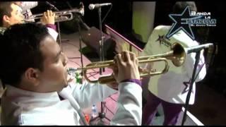 Burbujas de amor en vivo Banda la Estrella  de Javier Tanori  (audio original)