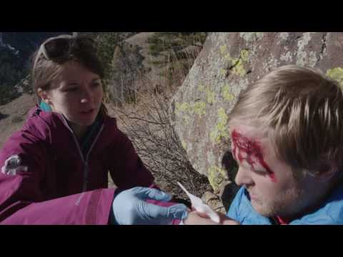 Learn How to Save A Life by Taking Wilderness First Aid Basics