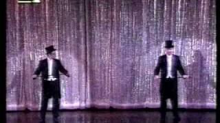"""Μητροπάνος-Μηλιώκας χορεύουν κλακέτες στο """"Ρεξ"""""""