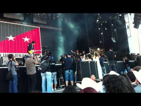 the-last-internationale-crawling-queen-snake-nos-optimus-alive-14-portuguese-music-festivals
