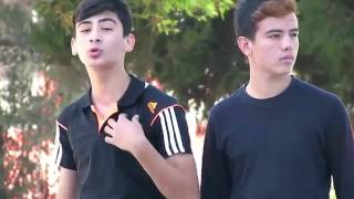 Ali Yörür - Mevlüt Can Mede - Gittiğin O Yolda -  Official Video 2oı5 (Sakın Kaçırma)