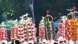 Festa dos Tabuleiros 2007 em Tomar - Cortejo - 6