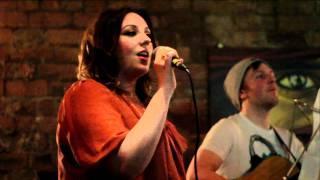 Jasmine Feat. Steve Atkinson - Feeling Good (Nina Simone Cover)