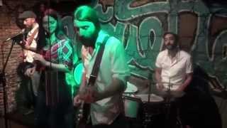 Betina y Los Correctos - Fannie Mae