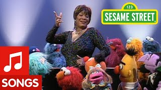 Sesame Street: Patti Labelle Sings The Alphabet