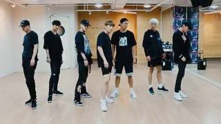 Monsta X 'Stuck' mirrored Dance Practice width=