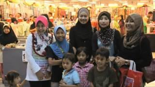 Maxis - Raya 2012 Video Collection  (Senyuman Syawal )