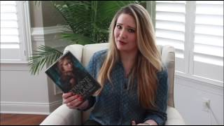 Sarah J. Maas shares her keepsake copy of Throne of Glass!
