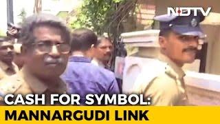 'Mannargudi Mafia'? In Raids In TTV Dinakaran Case, Links To His Village