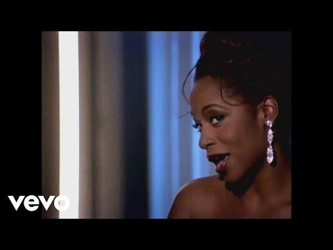 Love T K O de Regina Belle Letra y Video