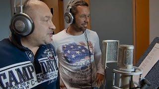 Michal David a Pavel Horváth - Čuměj, čuměj, nekoukaj (oficiální videoklip z filmu Decibely lásky)