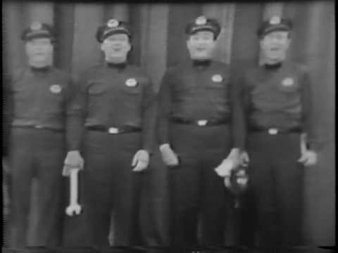 The Texaco Song Milton Berle de Men Of Texaco Letra y Video