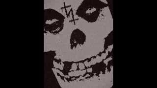 Sister - Halloween (Misfits Cover)