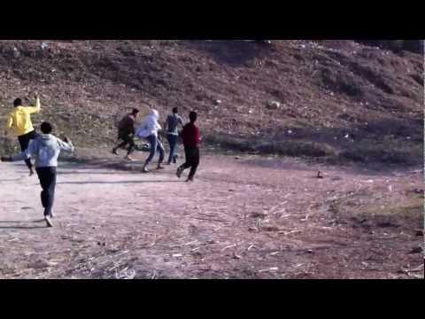 Futebol no Nepal.MOV