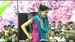 सपना की गन्दी हरकत का लाइव विडियो     Sapna Choudhary Dance 2016      Hot Dance 2016 width=