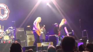 Lynyrd Skynyrd -- I Ain't The One - Jiffy Lube Live, Virginia July 14, 2013