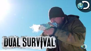 Técnica para armazenar e transportar uma brasa acesa - Desafio em Dose Dupla l Discovery Channel