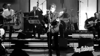 """Roy Orbison - """"Blue Angel"""" from Black and White Night"""