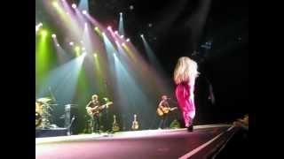 "Amanda Marshall - ""Sunday Morning After"" live at Casino Rama"