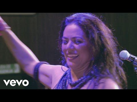 lila-downs-mezcalito-concierto-en-vivo-liladownsvevo