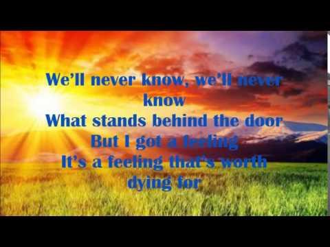 david-guetta-lovers-on-the-sun-lyrics-bluelyrics