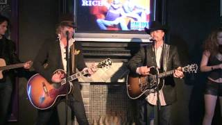 BIG & RICH performing That's Why I Pray