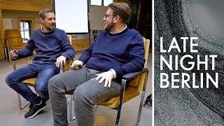 Motivationstraining für Jakob: Wird er seine Faulheit überwinden?   Late Night Berlin   ProSieben