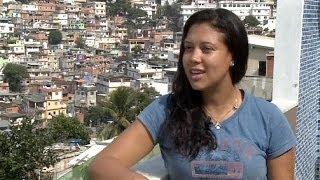 Βραζιλία: Οι τουρίστες κατακλύζουν τις φαβέλες