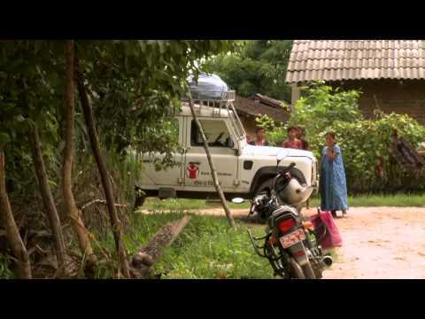 Kathrine Sørland besøker Redd Barnas prosjekter i Nepal – Rødnesedagen 2010