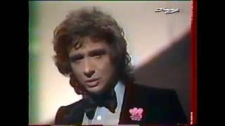 Michel Sardou chante Un charpentier ..