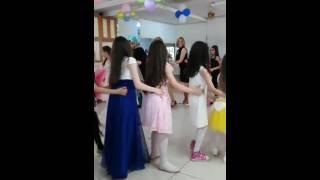 4 L Sınıf Mezuniyet Günü-Penguen Dansı