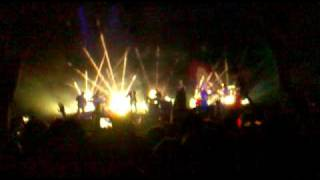 Massive Attack - Karmacoma live in Bucharest Zone Arena 2010
