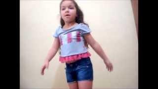 Anna clara dançando Beyonce