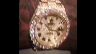 Moneybagg Yo flex his new Buss Down Rolex 60k