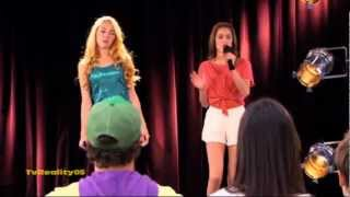 """Violetta Momento Musical - Violetta y Ludmila cantan """"Te Creo """""""