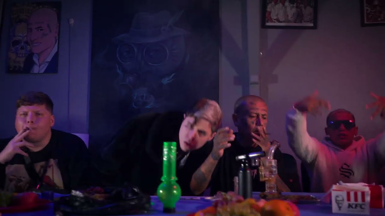 Drug Star - Richwhite ft. Nrs Sucio (Prod. Vera & Kalem)