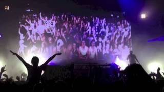 Above & Beyond- Love is Not Enough Acoustic Mix LIVE in Vancouver PNE Coliseum 2013.02.10