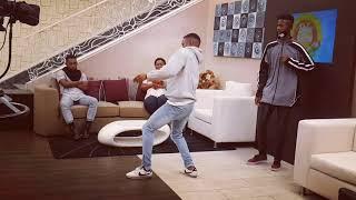 "BEST DANCERS FROM MOZ Luar ft Laylizzy & Bangla - Yuwi "" Freestyle THE DUB-REV "" no BELAS MANHÃS"
