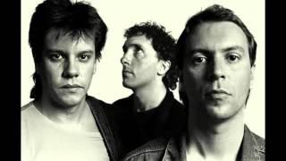 GIT - Mas Bien Menos Mal (live, HD Sound)