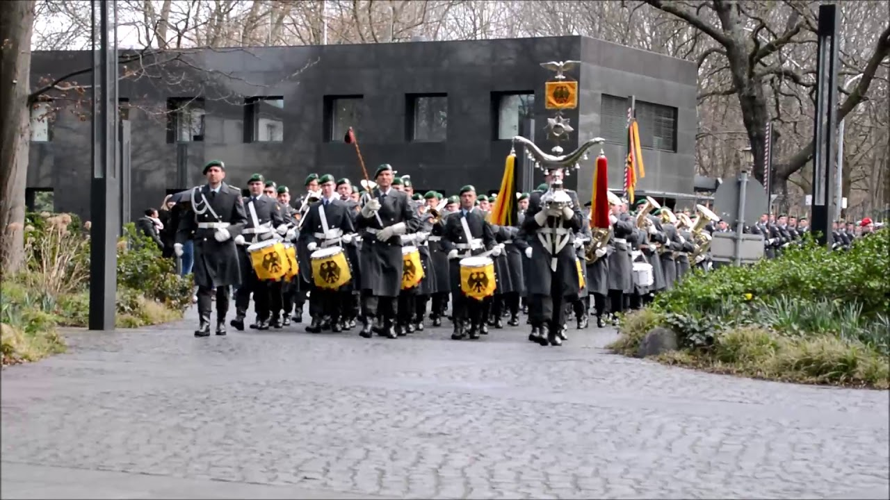 German Bundeswehr Military Honors- March from Petersburg