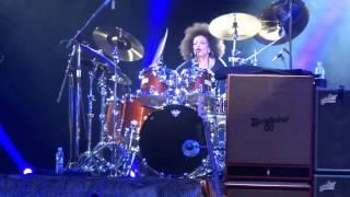 Santana - Guadalajara 2013 - Bass/drum solo Benny Rietveld / Cindy Blackman