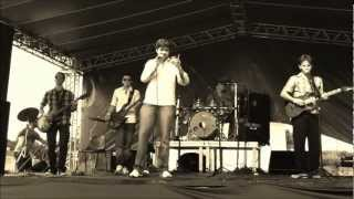 Os Piriguetes - Rehab (Amy Winehouse live cover) - Ao vivo no EM2011
