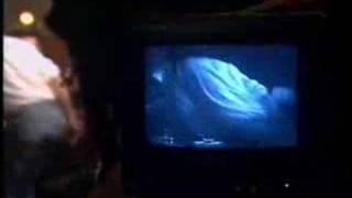 U2 The Best Of 1990-2000 Trailer