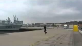 Vídeo exclusivo do lançamento do Drone da Marinha Portuguesa (FAIL) - VÍDEOS WHATSAPP