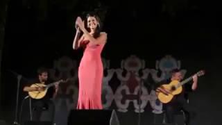 """Cuca Roseta - """"Havemos de ir a Viana"""" (ao vivo)"""