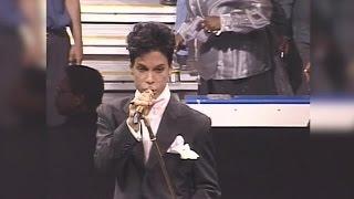 Prince performs at Kemper Arena in Kansas City, 2004