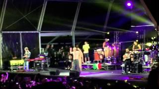 Calle 13 - Ojos color sol live en barcelona