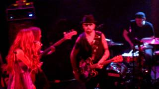 "Joss Stone and Dave Stewart ""Missionary Man"" (Eurythmics cover) Live at Troubadour"