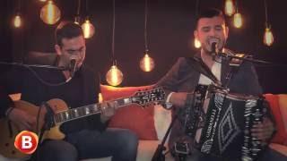 """Préstamela a mí"" - Calibre 50 en Acústicos Qué Rollo Banda"